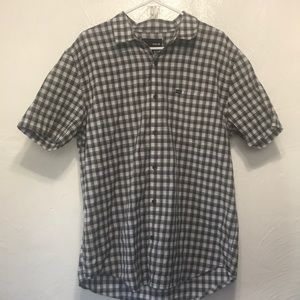 HURLEY SHORT SLEEVE BUTTON DOWN